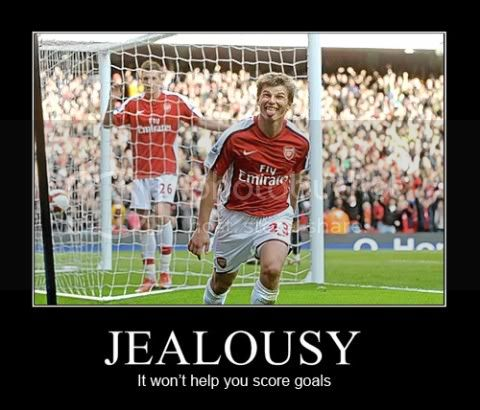 jealousy-arshavin-and-bendtner-480x.jpg image by Shannon-X2009